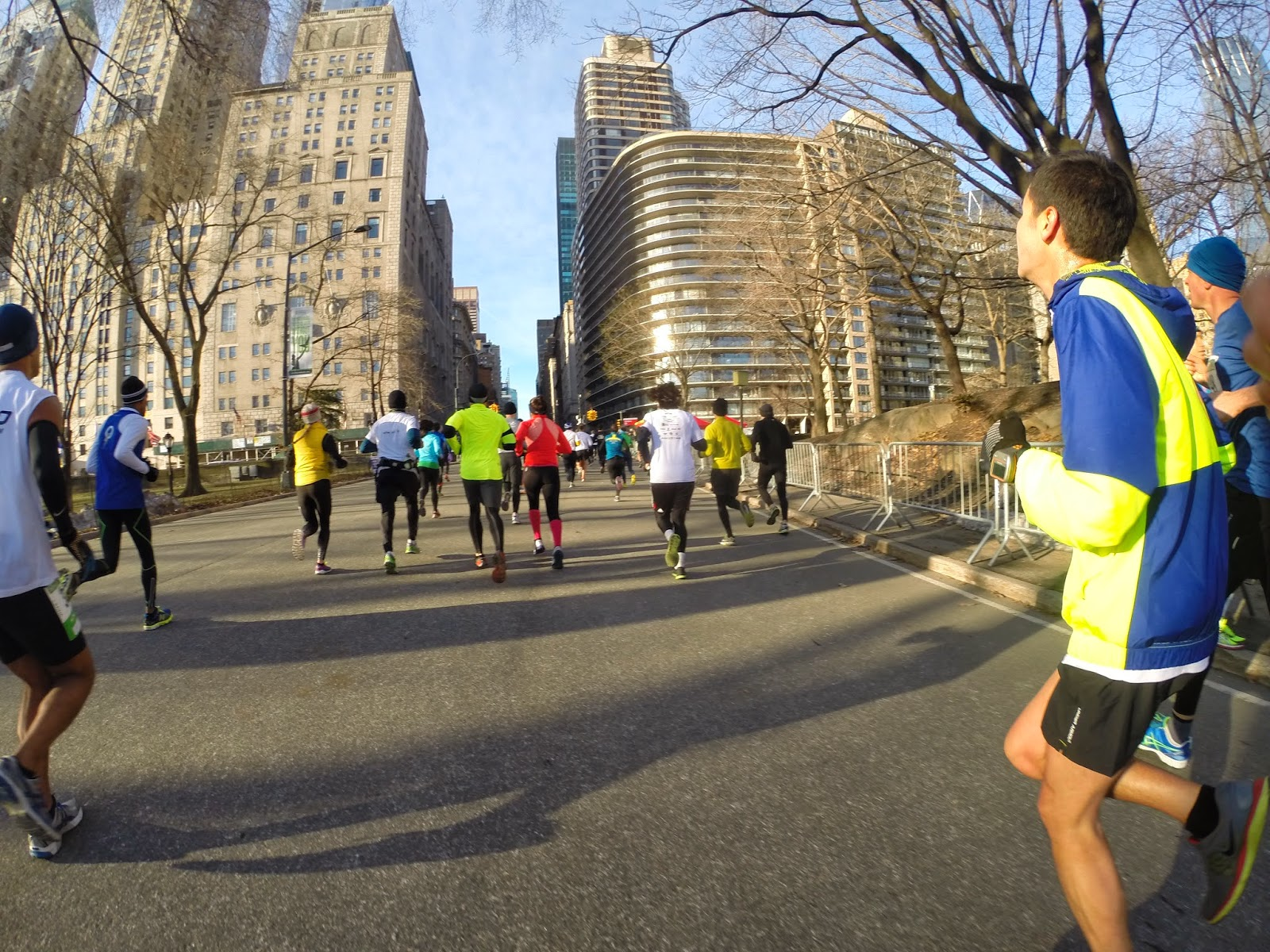 photo essay nyrr nyc half marathon dirty old sneakers